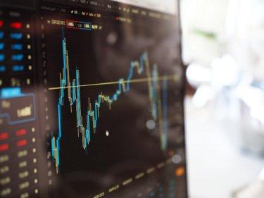 【2021年版】金融業界(メガバンク/地銀/証券/保険)上位130社の平均年収ランキングを解説するぞ!!