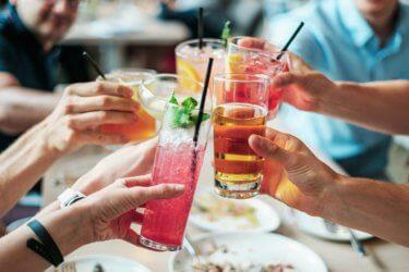【アフターコロナ】外食・飲食業界で優良企業・ホワイト企業を見分ける方法を解説!!